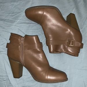 LC Lauren Conrad leather heeled boots